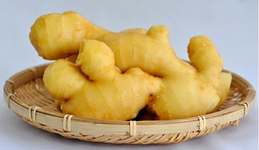 生姜には吐き気を抑え、体温をあげる効果がある