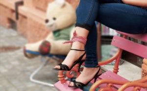 女装靴に悩んだらコレ!! Amazonで購入可能なヒールやサンダル9つを紹介!